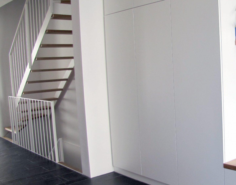 Bild von Flur mit Treppe